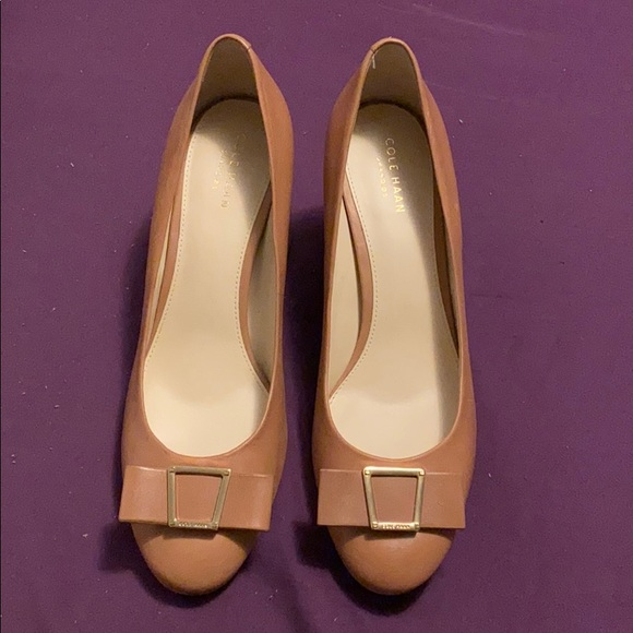 Cole Haan Shoes - NWOT Cole Haan Grand OS leather pumps